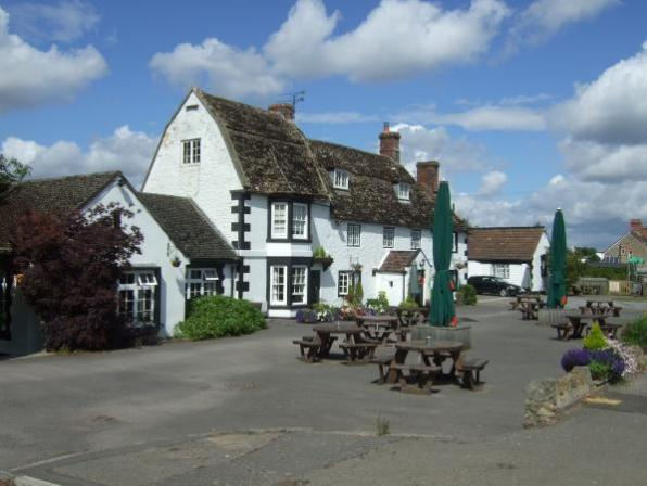 Sunday Lunch Meeting @ The Lysley Arms | England | United Kingdom